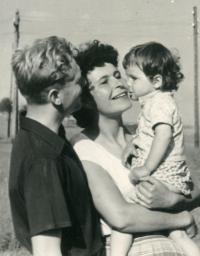 Antonín Kachlík s manželkou Květou a dcerou Kateřinou