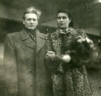 Svatební fotografie manželů Kachlíkových