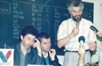 Press conference before the first free elections (Bratislava 1990).