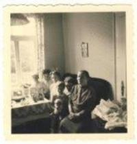 Denise u babičky, oslava 7.narozenin, Stadthagen, 1955