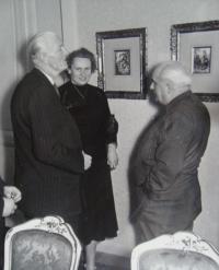 Štefania Lorándová při práci tlumočnice