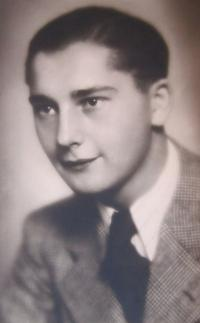 Otec Josef Kočí