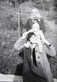 Blanka Andělová as a toddler with his mother and grandmother