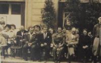 Odhalení pamětní desky v Tovačově se jménem popraveného otce