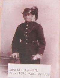 Strýc Antonín Venclík, který zemřel na mrtvici 28. října 1939