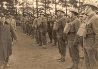 Inspection of the troops with president Edvard Beneš (probably in Cholmondeley Park)