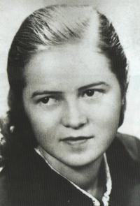 Slávka, Josefova první láska, Karlovarsko, konec 40. let