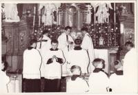 Oslava v kostele