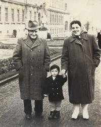 Petr Kubíček s rodiči