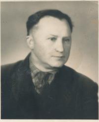Otec Petra Kubíčka