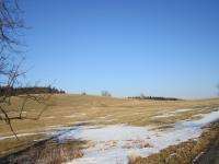 Místo kde stála většina budov  v zaniklé osadě Štolnava (Prameny, něm. Stollenhau)