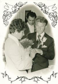 Svatba (1977)