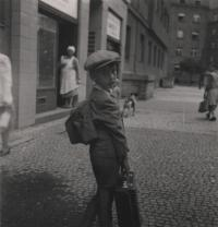 June 1944 (before departing to Moravia), Libeň, the witness is standing in front of his family's house at 1835/19 U Libeňnského pivovaru Street