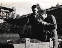 """4 October 1966, Pilsen, Škoda, the witness (left) and Hofman (a photographer) during the shooting of the """"polyekran"""" (multi-screen) film """"Stvoření světa"""" (The Creation) for the world exposition in Montreal (1967)"""