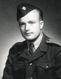 J.Kasal na vojně v Rokytnici v Orlických horách 1953