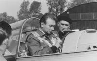 Při soutěži v letecké akrobacii ČSSR, Liberec 1962
