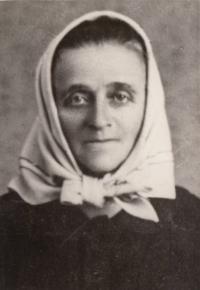 Babička Antonína Burdycha