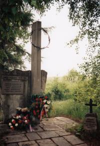 Pomník na Končinách