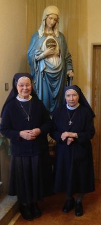 2015 Nives a Viktorie v klášteře v Jiřetíně