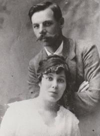 Pamětníkovy rodiče - Marie a Stanislav Švarcovi