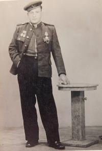 Gruzinský voják, který krátce po válce bydlel v domě Drozdů v obci Úvalno