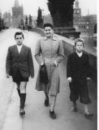With his mother and brother in the 1947