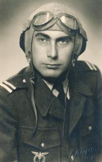Stanislav Husa a pilot – historical portrait, black-and-white
