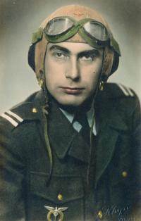 Stanislav Husa as pilot – historical portrait, coloured