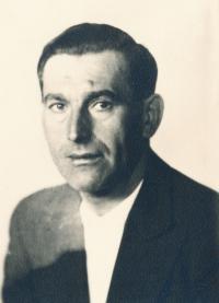 Stanislav Husa – father's portrait, historical photograph