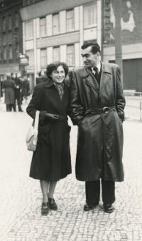 Stanislav Husa with his wife, historical photograph, 1952