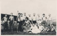Stanislav Husa – gliding training in Brno-Medlánky (first from the left in the second row, kneeling), historical photograph, 1948