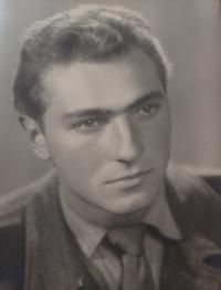 Karel Bečvář