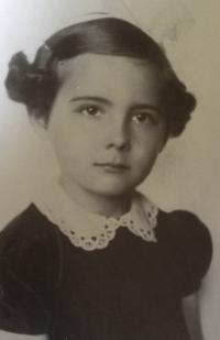 Eva Štolbová - dětství 1