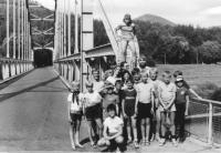 Letní tábor Žlutého kvítku na Berounce, léto 1990