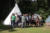 Bývalí členové oddílu Žlutý kvítek na 30. letním táboře, 2014