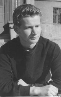 Rudolf Felzmann as a teacher in the reform school in Chrastava (1959)