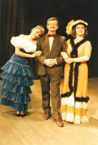 Municipal Theatre of Děčín. Rudolf Felzmann, directng an operetta, with actors of Ústí nad Labem Opera House (ca. 1996)