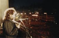 Projev J. Skalníka během Sametové revoluce 26.11. 1989