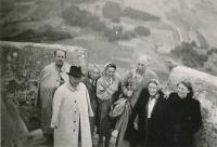 Setkání rodiny Pennmanovy a rodiny Raisovy (1948)