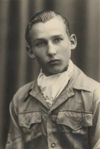 Karel Lánský před válkou, žák měšťanské školy