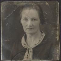 Jana Landšoffelová, matka pamětníka (ve 40 letech)