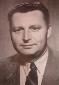 Manžel Josef Dedecius