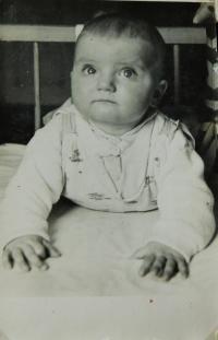 Hanička Ryšková (Holcnerová) v roce 1961