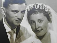 Svatba s Helenou Uhrovou  1.7. 1961 v Týnském chrámu