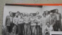 Po studiích jako pracovník Státních lesů u Krumlova (uprostřed)