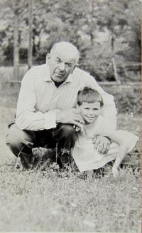 Jan Nevoral with granddaughter in Chrastice