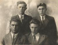 Guys from Hlinska in Volyn. The first witness from bottom husband Josef Uhlir