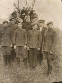 Youth Bludov in Volyn. Among girls is the first report Lyudmila Starkova (Uhlirova). The boys second row, first from left brother Frantisek Stárek.
