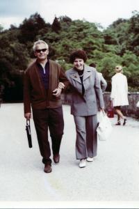 S manželkou v Praze, asi 1963