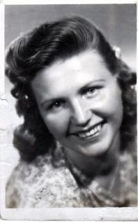 Podobenka pozdější manželky Galiny, 1946
